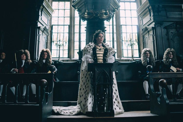 Olivia Colman i The Favourite (Bilde: Fox Searchlight)
